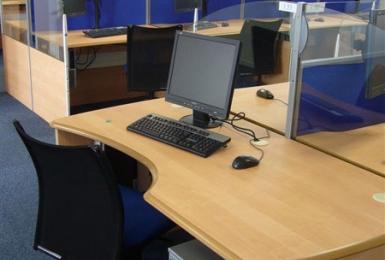 Mobilier de bureau pour centres d'appels